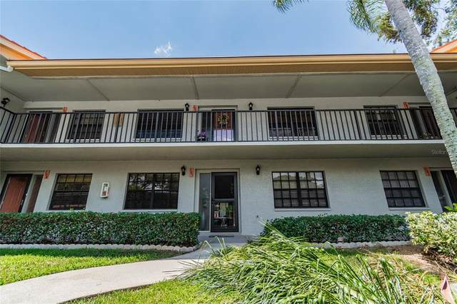 2020 Lakeview Drive #205, Clearwater, FL 33763 (MLS #U8123938) :: Sarasota Home Specialists