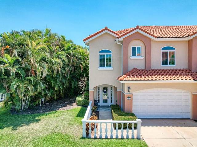 6249 Vista Verde Drive W, St Petersburg, FL 33707 (MLS #U8125193) :: Griffin Group
