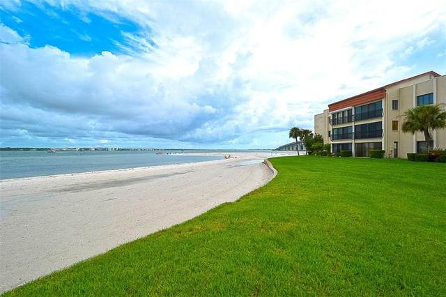 825 S Gulfview Boulevard #311, Clearwater, FL 33767 (MLS #U8126310) :: Kelli and Audrey at RE/MAX Tropical Sands
