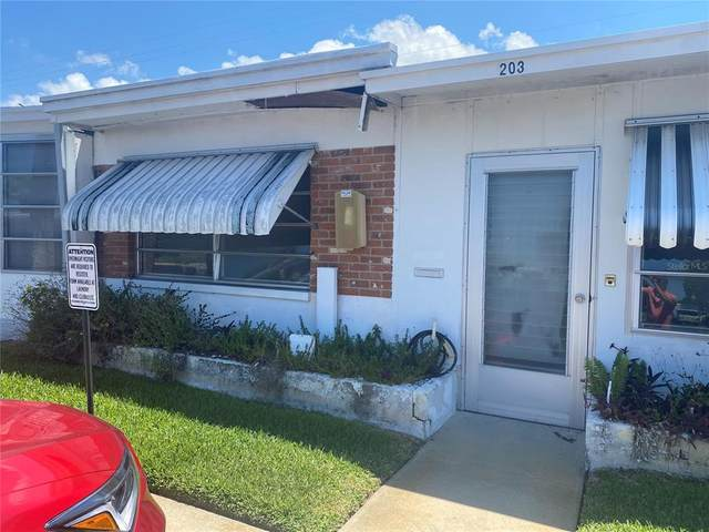 250 Rosery Road NW #203, Largo, FL 33770 (MLS #U8126586) :: Griffin Group