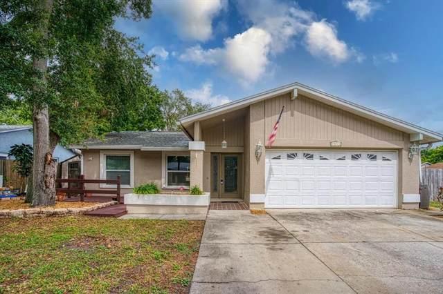 12041 83RD Way, Largo, FL 33773 (MLS #U8127144) :: Charles Rutenberg Realty