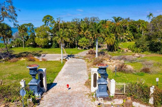 300 Palm Bluff St, Clearwater, FL 33755 (MLS #U8127256) :: Sarasota Property Group at NextHome Excellence
