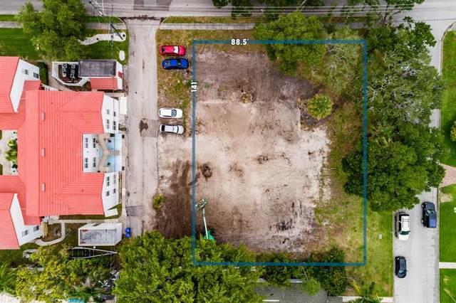 Monterey Boulevard NE, Saint Petersburg, FL 33704 (MLS #U8127325) :: Coldwell Banker Vanguard Realty
