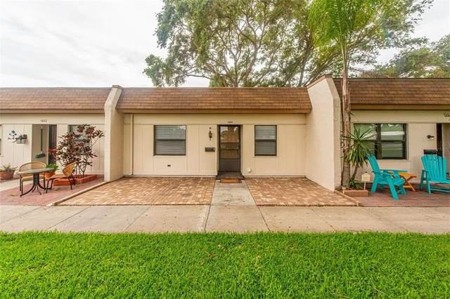 1464 Mission Hills Boulevard 24-B, Clearwater, FL 33759 (MLS #U8127541) :: The Robertson Real Estate Group