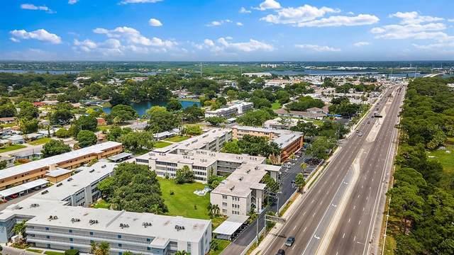 9940 47TH Avenue N #110, St Petersburg, FL 33708 (MLS #U8128105) :: Team Pepka