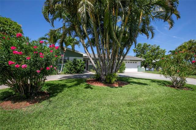 2882 W Vina Del Mar Boulevard, St Pete Beach, FL 33706 (MLS #U8129953) :: Lockhart & Walseth Team, Realtors