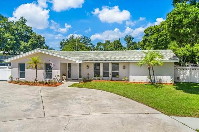 2111 Seagull Drive, Clearwater, FL 33764 (MLS #U8130183) :: Zarghami Group