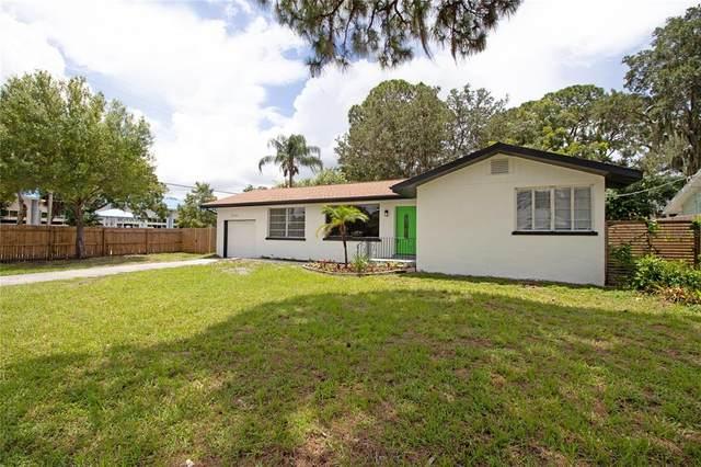2586 Tami Sola Street, Sarasota, FL 34237 (MLS #U8130374) :: CARE - Calhoun & Associates Real Estate