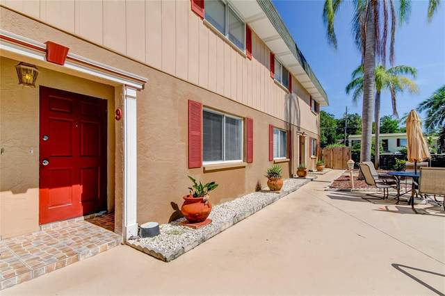 300 6TH Street N #9, Safety Harbor, FL 34695 (MLS #U8130475) :: Vacasa Real Estate