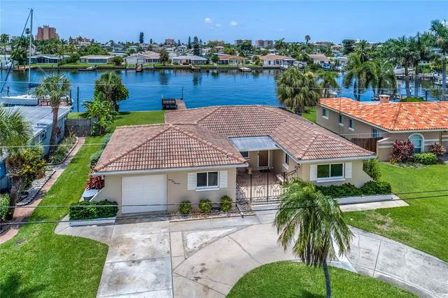 11400 5TH Street E, Treasure Island, FL 33706 (MLS #U8130525) :: Baird Realty Group