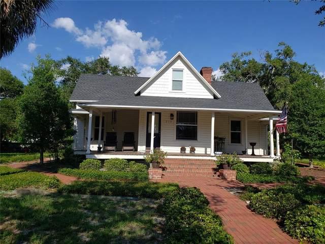 210 N Grosse Avenue, Tarpon Springs, FL 34689 (MLS #U8130583) :: The Price Group