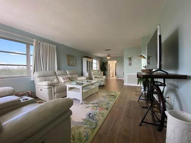 2850 59TH Street S #401, Gulfport, FL 33707 (MLS #U8131335) :: Baird Realty Group