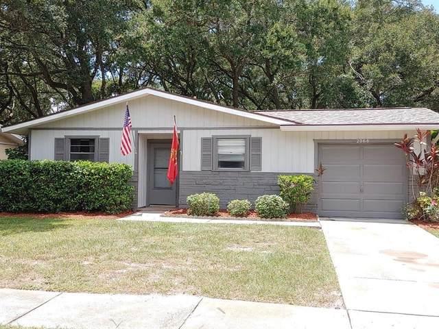 2068 Red Cedar Lane E, Clearwater, FL 33763 (MLS #U8131630) :: Prestige Home Realty