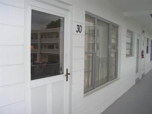 2454 Australia Way E #30, Clearwater, FL 33763 (MLS #U8131801) :: Bob Paulson with Vylla Home
