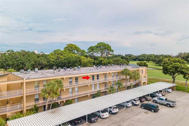 225 Country Club Drive D339, Largo, FL 33771 (MLS #U8131909) :: The Hustle and Heart Group