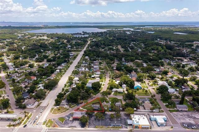 300 82ND Avenue N, St Petersburg, FL 33702 (MLS #U8132190) :: Everlane Realty