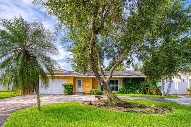2012 Tanglewood Drive NE, St Petersburg, FL 33702 (MLS #U8132473) :: The Duncan Duo Team