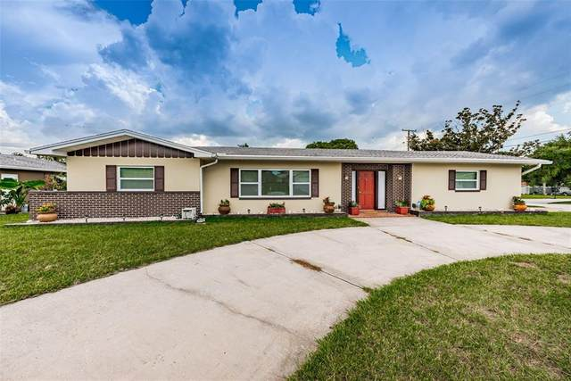 2109 College Drive, Clearwater, FL 33764 (MLS #U8133123) :: Zarghami Group