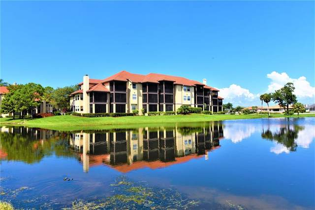 2400 Feather Sound Drive #733, Clearwater, FL 33762 (MLS #U8135974) :: Zarghami Group