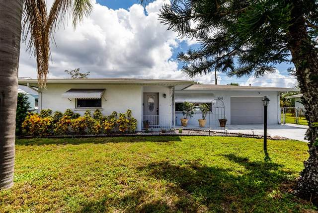 3003 Taunton Drive W, Bradenton, FL 34205 (MLS #U8136676) :: Southern Associates Realty LLC
