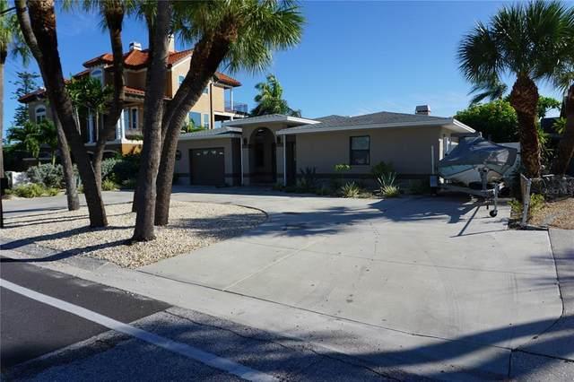 8125 Boca Ciega Drive, St Pete Beach, FL 33706 (MLS #U8136882) :: RE/MAX Local Expert