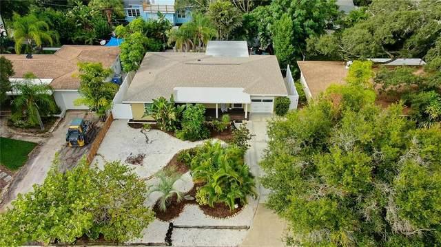 130 Edgewater Terrace, Dunedin, FL 34698 (MLS #U8137064) :: Everlane Realty