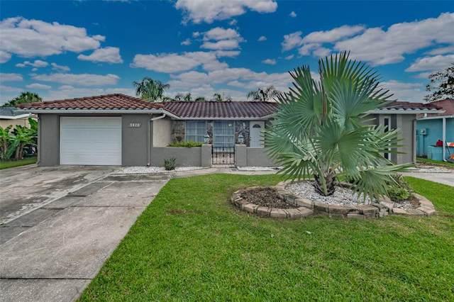 9820 Island Harbor Drive, Port Richey, FL 34668 (MLS #U8137138) :: Bustamante Real Estate
