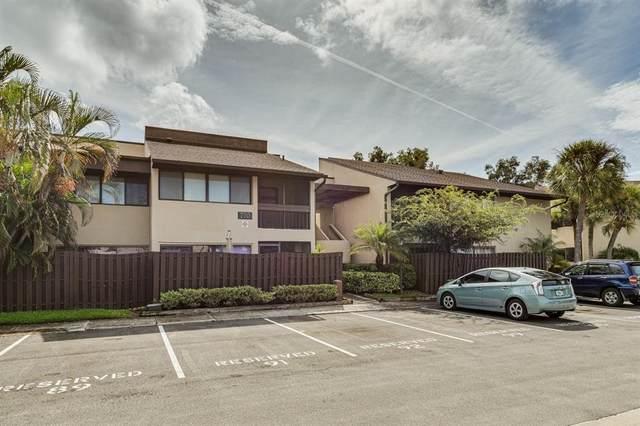 770 Village Lake Terrace N #206, St Petersburg, FL 33716 (MLS #U8137372) :: Cartwright Realty