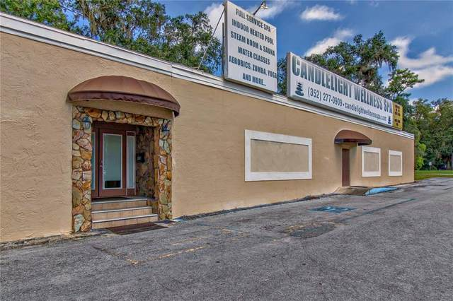 955 Candlelight Boulevard, Brooksville, FL 34601 (MLS #U8137718) :: Gate Arty & the Group - Keller Williams Realty Smart
