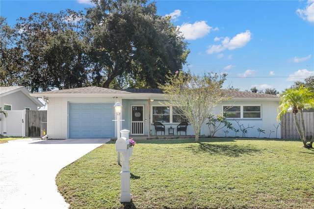 2063 Pine Ridge Drive, Clearwater, FL 33763 (MLS #U8138011) :: Everlane Realty