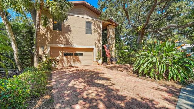 13703 Oak Forest Boulevard N, Seminole, FL 33776 (MLS #U8138983) :: Keller Williams Suncoast