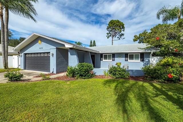 9276 Elm Circle, Seminole, FL 33776 (MLS #U8139917) :: Charles Rutenberg Realty