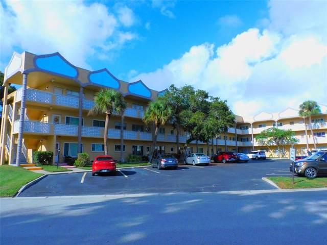 2466 Ecuadorian Way #4, Clearwater, FL 33763 (MLS #U8140861) :: Kreidel Realty Group, LLC