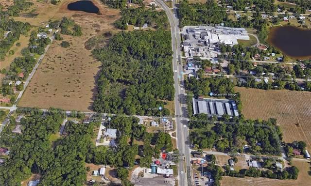 1802 N Woodland Boulevard, Deland, FL 32720 (MLS #V4911937) :: Florida Life Real Estate Group