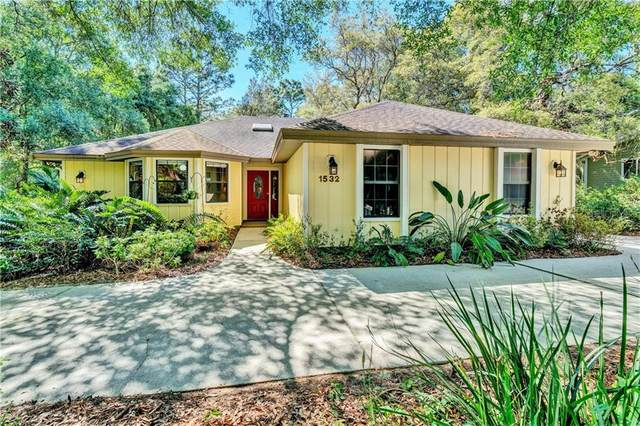 1532 Covered Bridge Drive, Deland, FL 32724 (MLS #V4913025) :: Premium Properties Real Estate Services