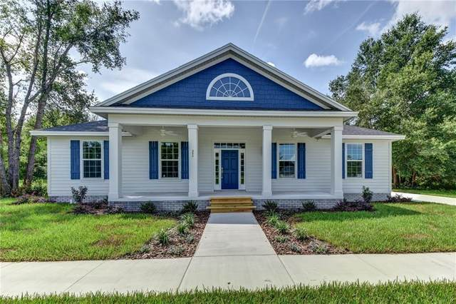 351 W Pennsylvania Avenue, Lake Helen, FL 32744 (MLS #V4915411) :: Bustamante Real Estate