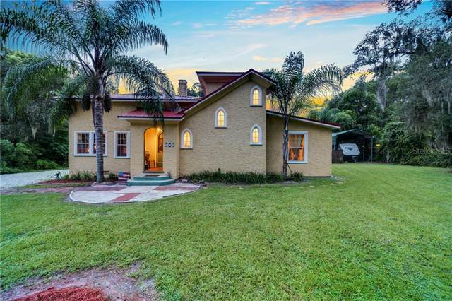 130 E Chelsea Street, Deland, FL 32724 (MLS #V4915565) :: Gate Arty & the Group - Keller Williams Realty Smart