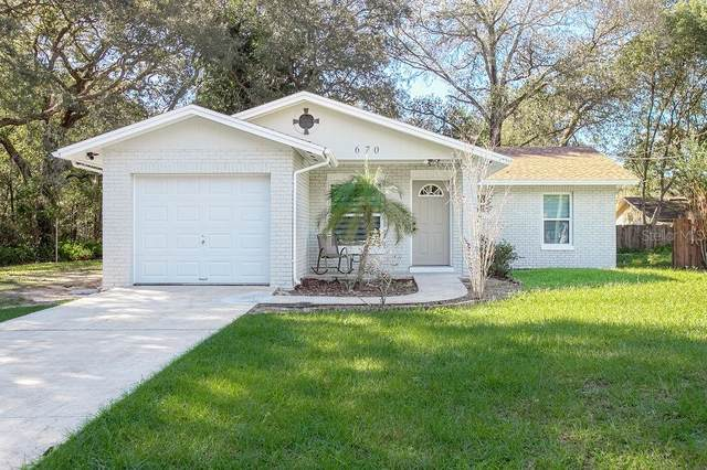 Deland, FL 32724 :: Carmena and Associates Realty Group