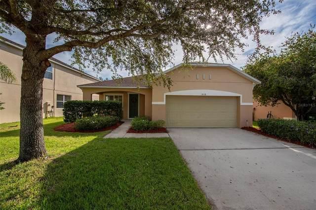 1818 Strathmore Circle, Mount Dora, FL 32757 (MLS #V4921466) :: Orlando Homes Finder Team