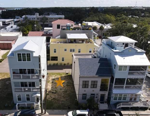 142 Julia Street, New Smyrna Beach, FL 32168 (MLS #V4921569) :: Everlane Realty