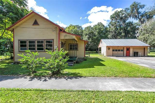 128 N Lakeview Drive, Lake Helen, FL 32744 (MLS #V4921636) :: Delgado Home Team at Keller Williams