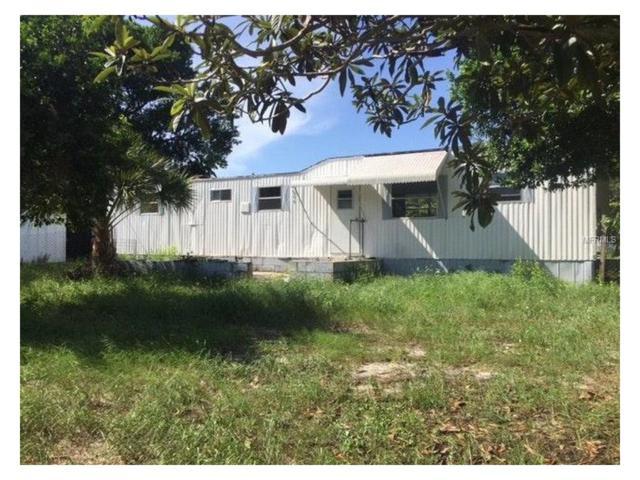 7113 Oakley Avenue, Hudson, FL 34667 (MLS #W7635709) :: The Duncan Duo Team