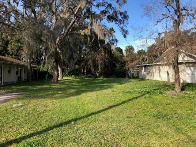 La Salle Court, New Port Richey, FL 34652 (MLS #W7808307) :: Homepride Realty Services