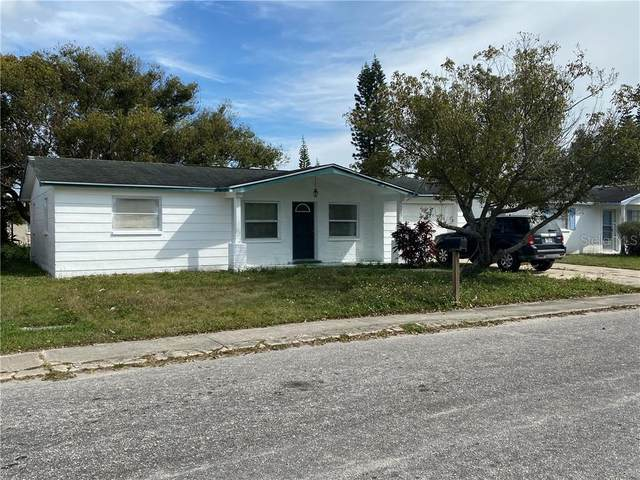 1426 Viking Drive, Holiday, FL 34691 (MLS #W7820714) :: The Duncan Duo Team