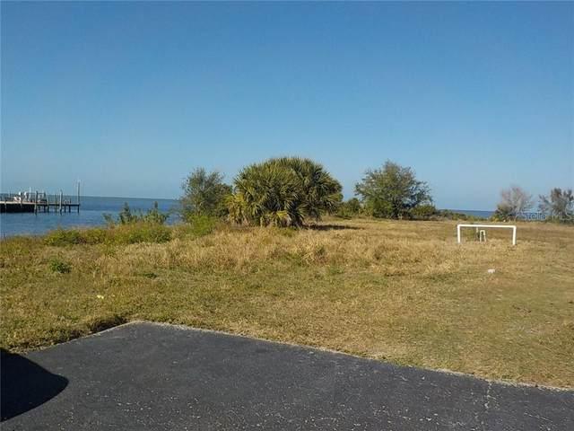 5913 Sea Ranch Drive, Hudson, FL 34667 (MLS #W7821708) :: The Duncan Duo Team