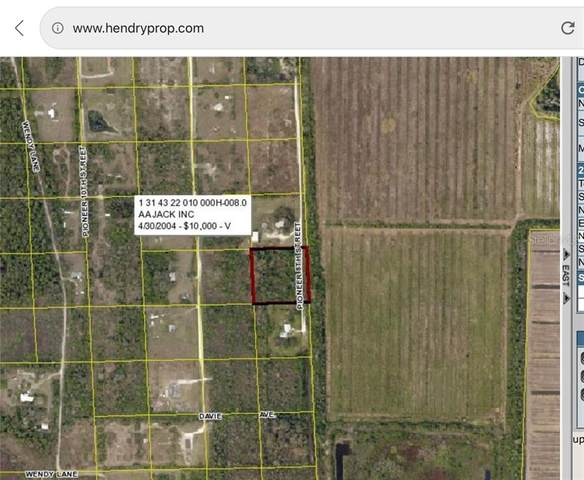 2850 Pioneer 8Th Street, Clewiston, FL 33440 (MLS #W7823560) :: Burwell Real Estate