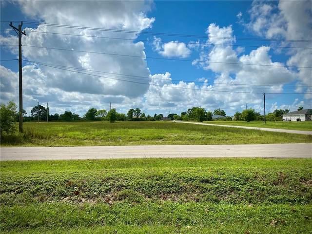 418 Jacaranda Parkway E, Cape Coral, FL 33909 (MLS #W7827353) :: Sarasota Home Specialists