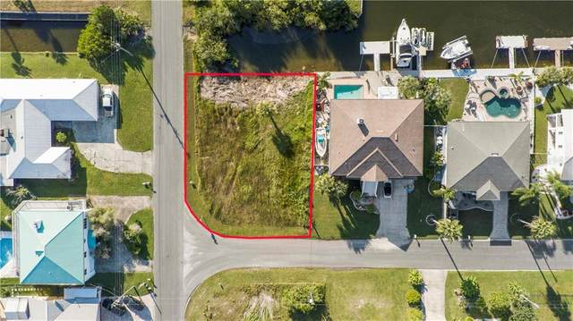 4261 Flexer Drive, Hernando Beach, FL 34607 (MLS #W7827556) :: Alpha Equity Team