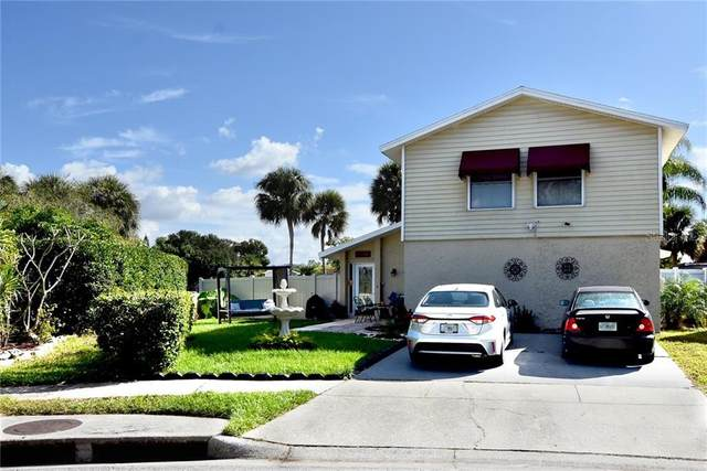 10337 Del Mar Circle, Tampa, FL 33624 (MLS #W7828751) :: The Lersch Group