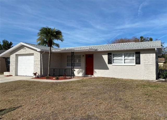 7241 Oak Crest Drive, Port Richey, FL 34668 (MLS #W7830173) :: Memory Hopkins Real Estate